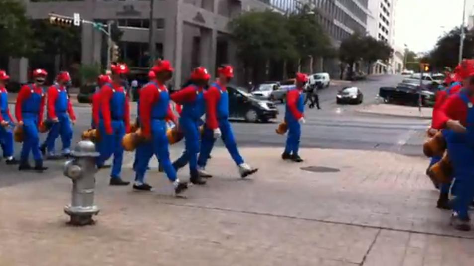 RETARD → Magazine - Austin Invaded by Mario !