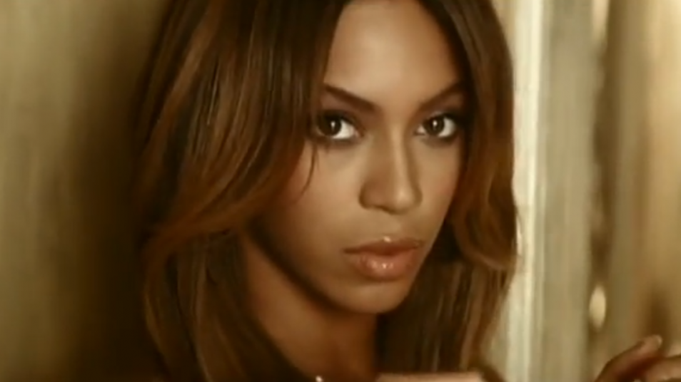 RETARD → Magazine - Beyoncé - Irreplaceable