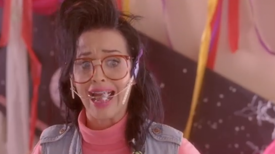 RETARD → Magazine - Katy Perry - Last Friday Night