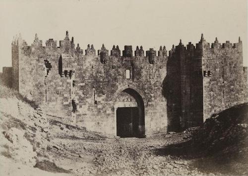 A._Salzmann_-_Porte_de_Damas,_vur_exteu0301rieure_-_Jerusalem